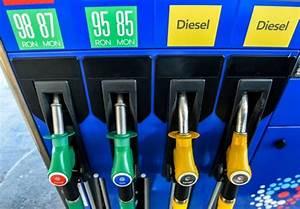 Leclerc Prix Carburant : essence leclerc et carrefour vendront les carburants prix co tant francesoir ~ Medecine-chirurgie-esthetiques.com Avis de Voitures