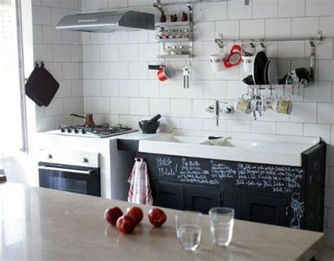 r駭 vieille cuisine 7 façons de redonner du style à vos vieilles armoires de cuisine éco peinture