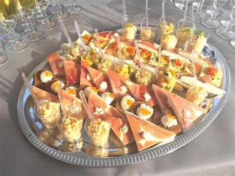 aperitif de noel canap駸 cocktail mariage à besançon par le traiteur thierry garny
