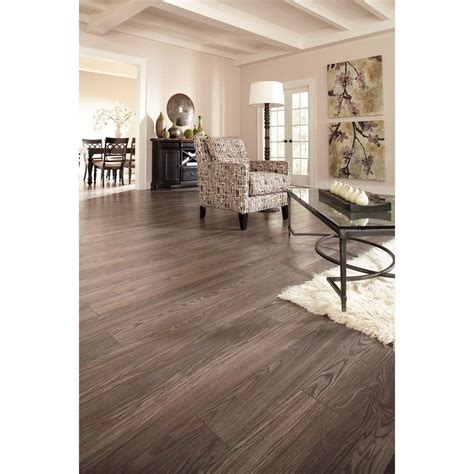 Eiche Provence by Shop Allen Roth 12mm Provence Oak Embossed Laminate