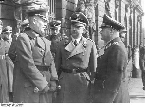 File:Bundesarchiv Bild 183-J00683, Berlin, Keitel, Himmler ...