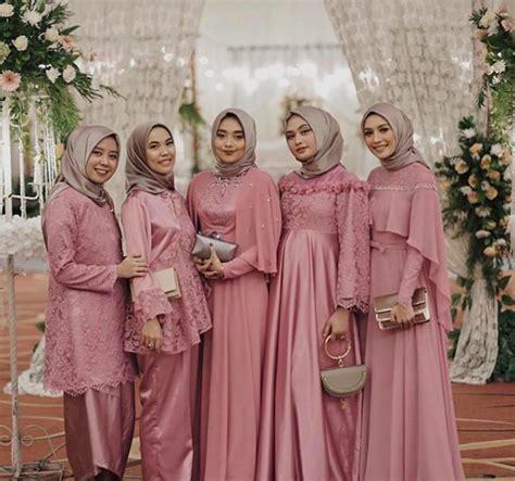 tips memberi seragam  bridesmaids seputar pernikahan