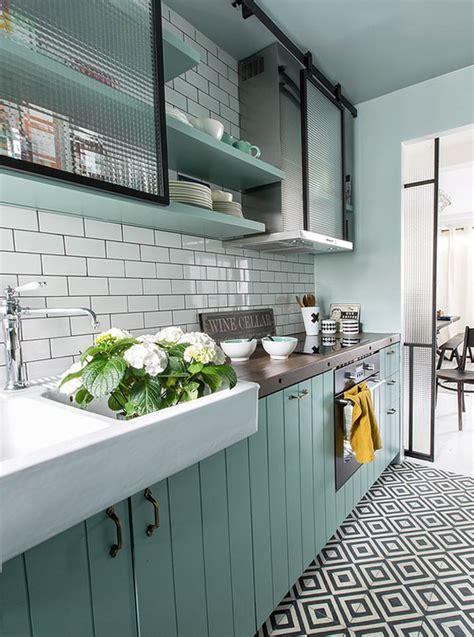 eau de cuisine cuisine vert d eau et gris divers besoins de cuisine