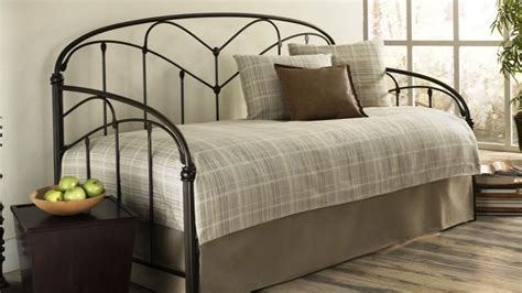 daybed with pop up daybed size daybeds with storage day beds photo