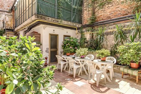 best cheap hotels in venice italy the 10 best cheap hotels in venice italy