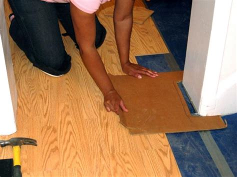 lay floating floor how to install a laminate floating floor how tos diy