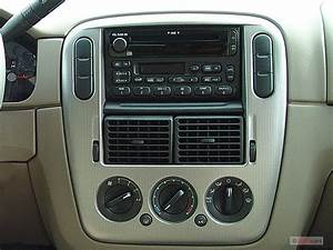 Image  2005 Ford Explorer 4