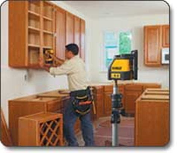 self install kitchen cabinets dewalt dw087k horizontal and vertical self leveling line 5114
