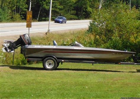 Bass Fishing Boats For Sale In California by 1990 Bass Tracker Boats For Sale