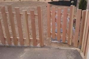 Barrière En Bois Jardin : palissades en bois couleur jardin ~ Premium-room.com Idées de Décoration