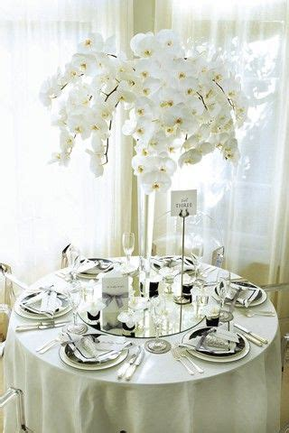 White Flowers Stylish Floral Wedding Decorations