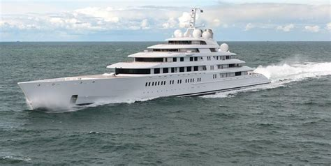 Biggest Boat In The World List by The Biggest Yacht In The World It S An Italian Project