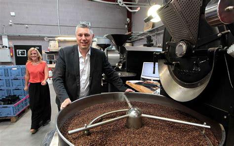 nouveau si e social les prix de l éco maxicoffee recrute et investit sur le