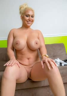 Curvy Blonde Bailey Martin Gets Naked Sexo Best Girls And Hot Teen Sex Babes