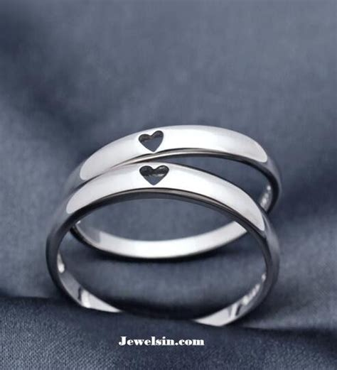silver wedding bands      silver rings
