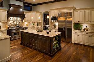Stacked Stone Backsplash Combination for Modern Kitchen