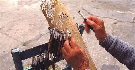 lacemaking demonstration