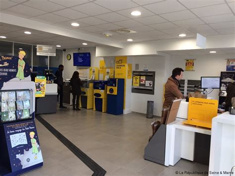 bureau de poste franconville la poste a rouvert dans un écrin rénové actu fr