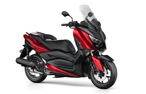 Nmax 2018 New Model by Yamaha Unwraps Maxi Scooter 2018 X Max Globally