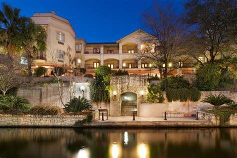 hotels san antonio hotel indigo san antonio riverwalk san antonio tx 830 marys st 78205