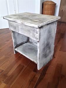 Meuble Shabby Chic : table de chevet meuble shabby chic rustique annonce gratuite mon produit ~ Teatrodelosmanantiales.com Idées de Décoration