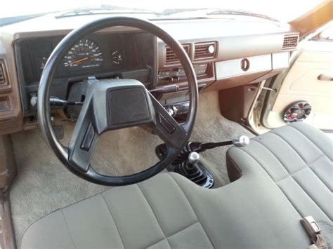 1986 Toyota Pickup Truck 4x4 Carb 22r