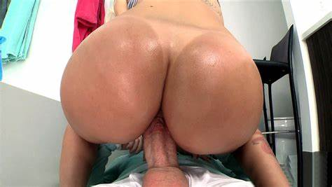 Slit Boucing On A Biggest Bals Download Monster Snatch Studies Stevie Shae Bounce On The Cocks