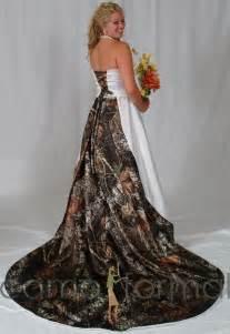 mossy oak wedding dresses camo weddings the best cakes dresses more tacticalgear news