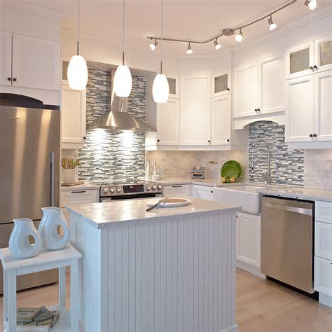 armoire de cuisine blanche cuisines beauregard cuisine réalisation 280 cuisine