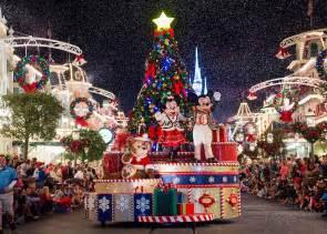 christmas at disney world 2017 walt disney world christmas day parade