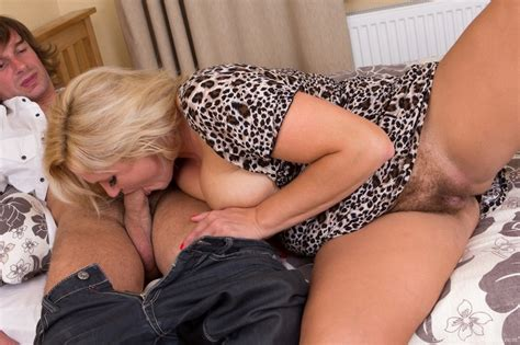 Pretty Busty Blonde Gets A Visitor And Ends Xxx Dessert
