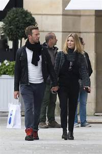 Chris Martin spotted kissing new actress girlfriend ...