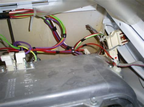machine 224 laver s 233 chante alis 233