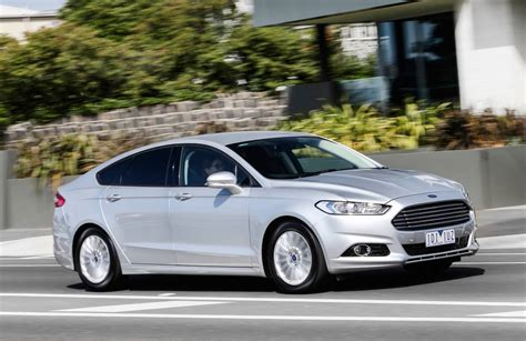2015 Ford Mondeo Trend Review