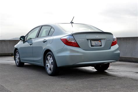 2012 Honda Civic Hybrid Review