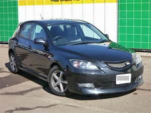 2005  2 Mazda Axela Sports Bk5p 15f For Sale  Japanese Used