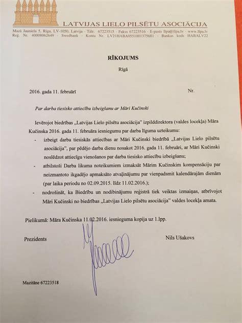 Ušakovs paraksta Kučinska atlūgumu un novēl veiksmi ...