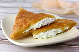 How to Make Feta Cheese Triangles: 10 Steps (with Pictures)