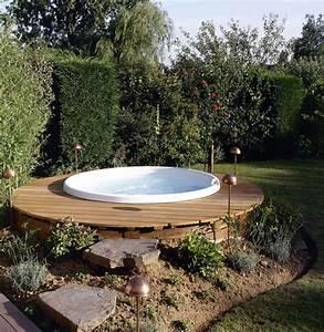 Whirlpool Rund Outdoor : 30 fantastiche vasche idromassaggio da esterno ~ Sanjose-hotels-ca.com Haus und Dekorationen