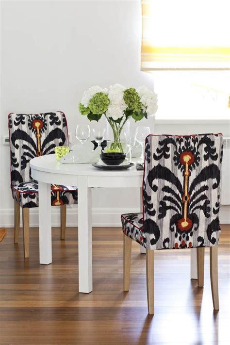 chaise tissu salle a manger chaises salle à manger modernes tout est dans la sobriété