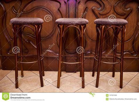 Sgabelli Da Bar In Legno Sgabelli Da Bar In Legno Porcellana Sedia Di Legno
