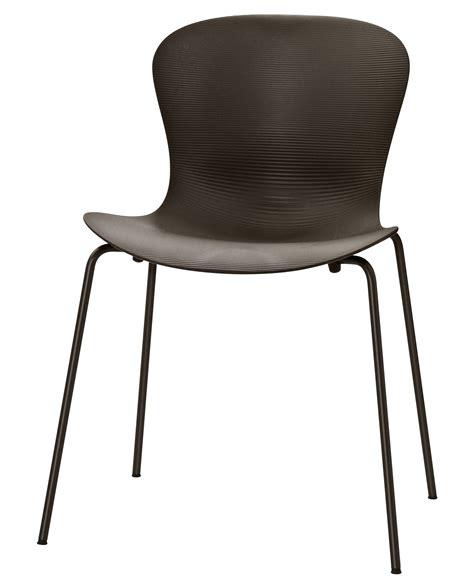 chaise acier chaise empilable nap 4 pieds acier marron fritz hansen