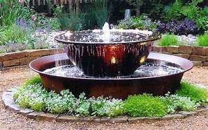 Great outdoor fountains for Backyard water fountains