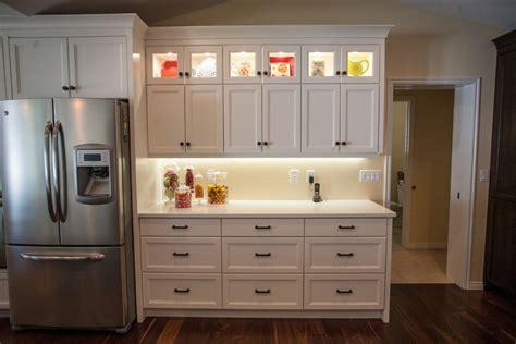 idee couleur cuisine ouverte cuisine idee deco cuisine ouverte sur salon avec clair