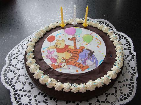 winnie puuh geburtstag mit puuh baer torte partyfotos