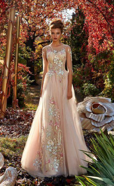 Купить элитное вечернее платье в Москве в интернетмагазине
