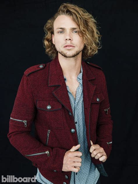 Seconds Of Summer Billboard Cover Shoot Ashton Irwin