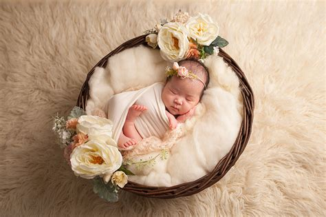 newborn baby photography  studio life  edinburgh