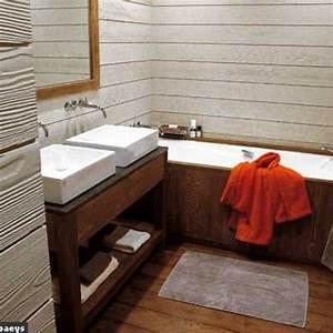 Salle De Bain Bois : 12 salles de bains de bois v tues c t maison ~ Teatrodelosmanantiales.com Idées de Décoration