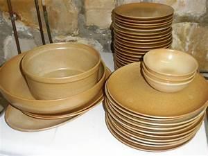 Vaisselle En Grès : service de table en gres ~ Dallasstarsshop.com Idées de Décoration